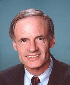 Sen. Thomas Carper's' portrait.
