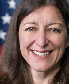 Elaine G. Luria (D)