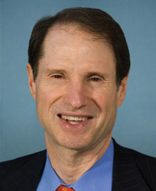 Sen. Ron Wyden Photo