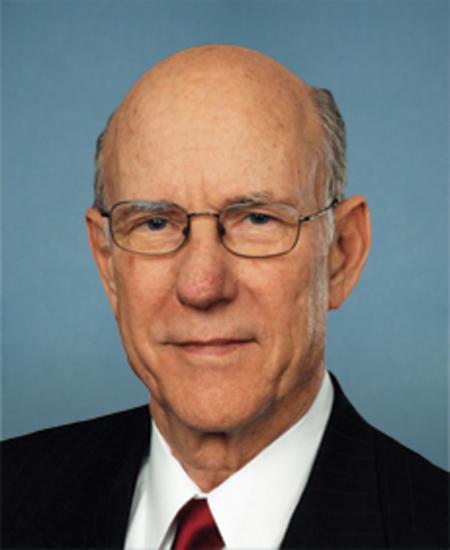 Photo of Sen. Charles Roberts