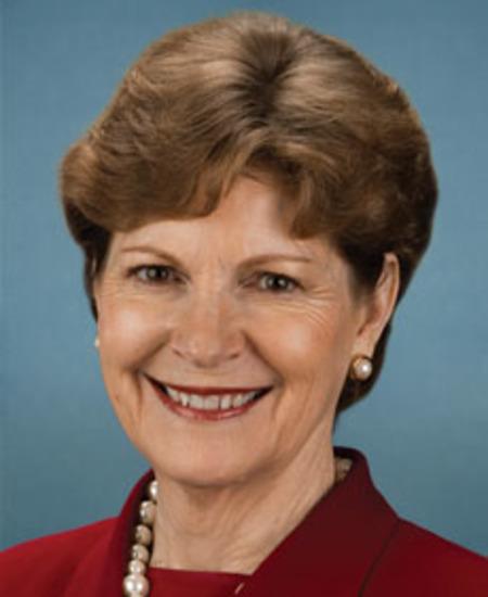 Photo of Sen. Jeanne Shaheen