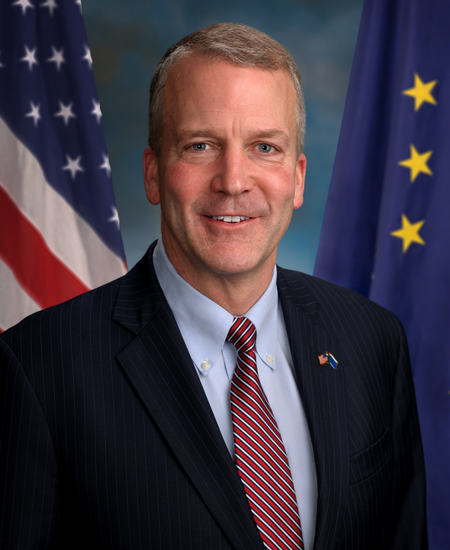 Photo of Sen. Daniel Sullivan
